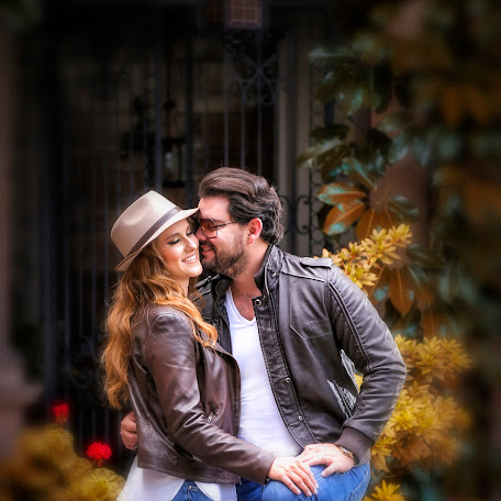 Wedding photographer Tobias Galeria (villanueva). Photo of 27.10.2017