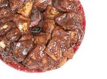 Hot Fudge-Marshmallow Monkey Bread