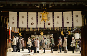 """Photo: This photo appeared in an article on my blog on Mar 7, 2013. この写真は3月7日ブログの記事に載りました。 """"Yet More Early Plum at Kyoto's Kitano Tenmangu Shrine"""" http://regex.info/blog/2013-03-07/2223"""