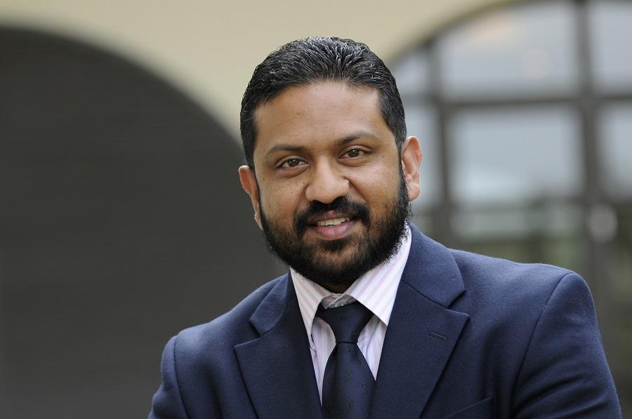 AGTERSTEL: Nersan Naidoo, uitvoerende hoof van Sanlam Investments