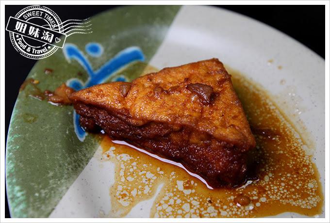 阿霞燒肉飯油豆腐