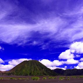 Bromo by Bobby Dozan - Novices Only Landscapes ( bromo mountain, mountains, sky, mountain, blue sky, cloud, tourism, bromo )