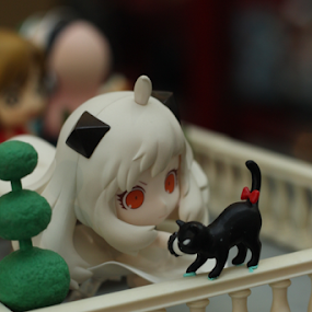 Hii Puss by Timmothy Tjandra - Artistic Objects Toys ( girls, cat, animals, girl, toy, toys, cute, anime, animal )