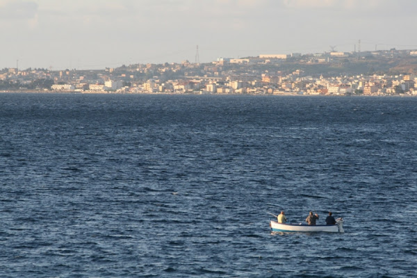 Lunghi giorni in mezzo al mare... di Mimmukkia