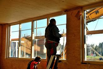 Photo: 20-11-2012 © ervanofoto En dan vervolgd de plaatsing aan de binnenzijde.