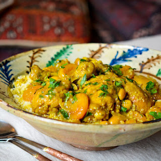 Chicken Tagine with Almonds and Apricots