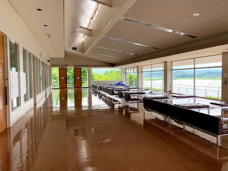 御所湖漕艇場2階 展望スペース