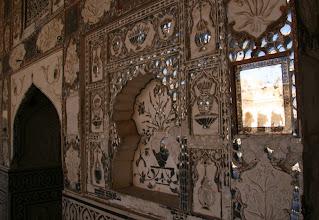 Photo: Jaipurin linnoituksen koristelua