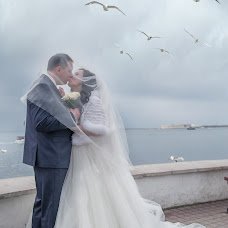Wedding photographer Elena Lavrenteva (Elenlav). Photo of 07.04.2018