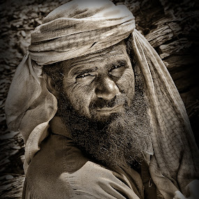 Pakistani Wood Collector by Jhim Abucayon - People Portraits of Men