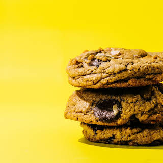 How to Make Basic, Great Chocolate Chip Cookies.