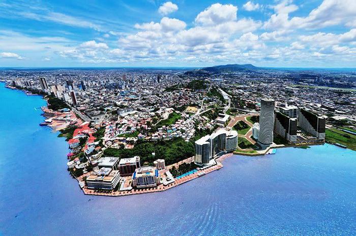 Transportes Civa te lleva desde Perú hasta Guayaquil, en Ecuador