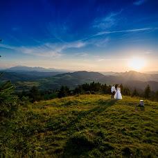 Wedding photographer Filip Skrabacz (photofil). Photo of 10.08.2018