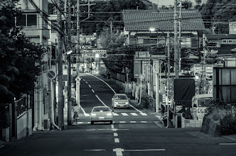 Photo: Folks waiting on the light to change at a small intersection in Chiba Prefecture, Japan