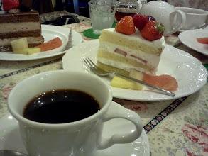 Photo: 大阪・ミナミ。やっぱり日本のケーキは美味しい。
