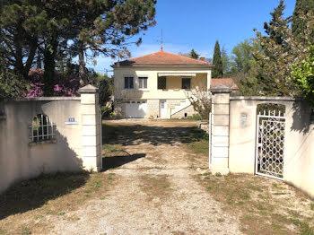 maison à Cabannes (13)