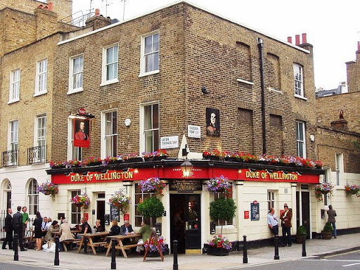 duke-of-wellington-pub-belgravia
