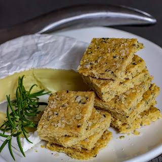 Mad Creations Keto Rosemary & Olive Oil Hemp Crackers.
