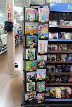 Photo: And the other side. A lot of books to choose from!