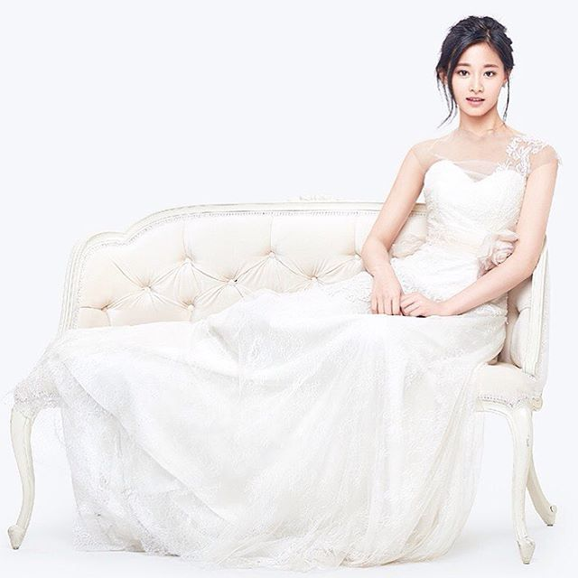 tzu gown 19