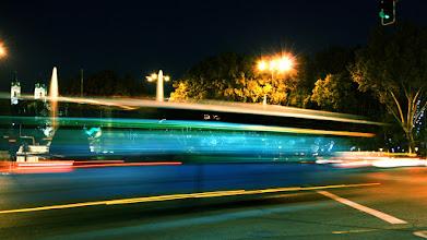"""Photo: """"En Madrid, los autobuses van como rayos"""""""