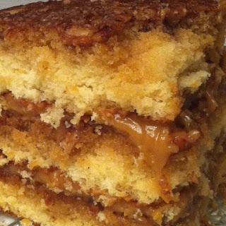 Pecan Pie Cake – Holy Moly!