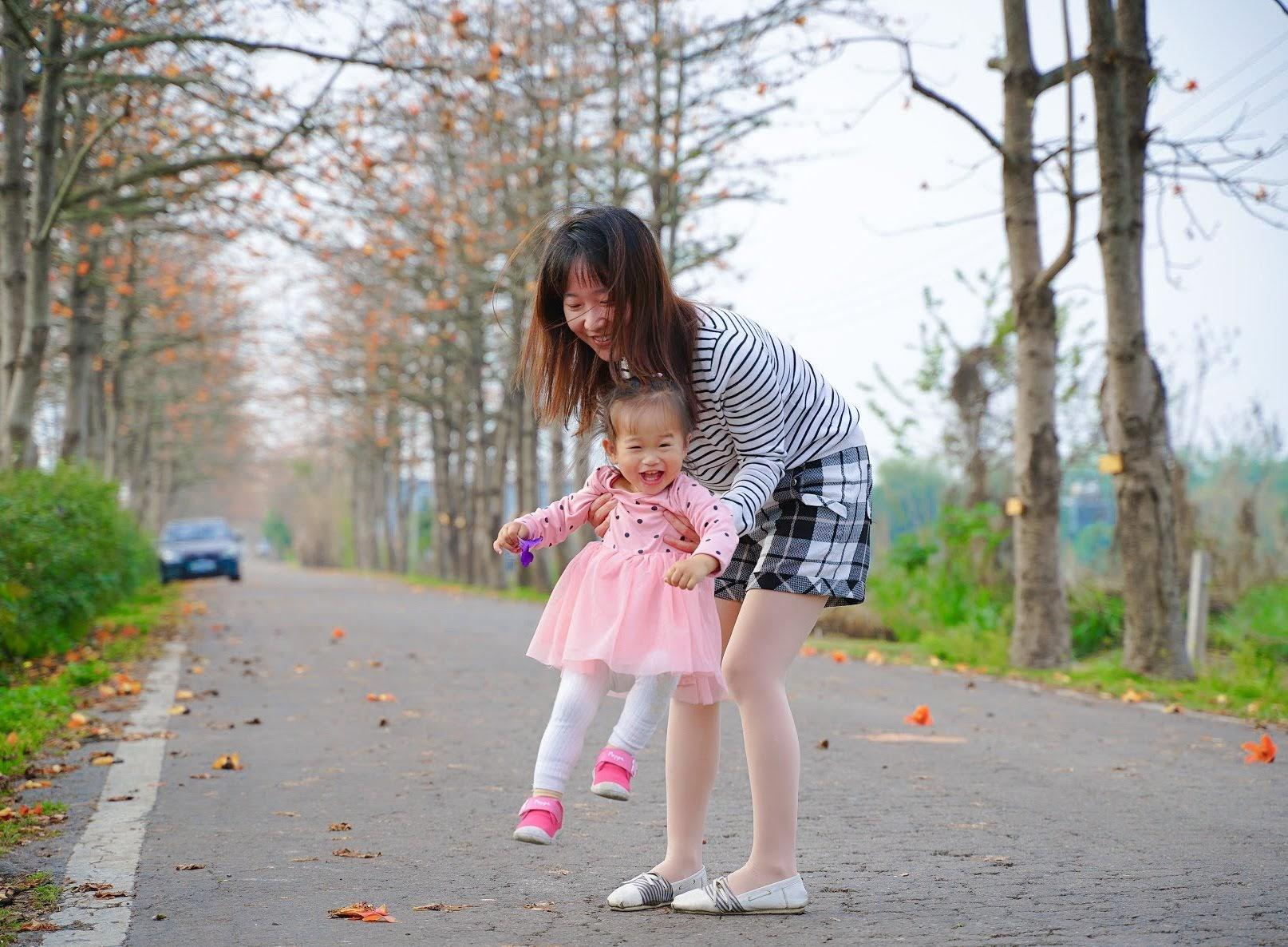 【旅遊】彰化 東螺溪木棉花道 3月盛開中 親子寫真的絕佳地點