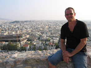 Photo: ... Make Ateenan Akropoliilla.