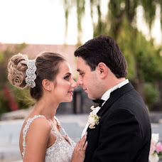 Wedding photographer Kristina Arutyunova (Chrisnova). Photo of 05.03.2017