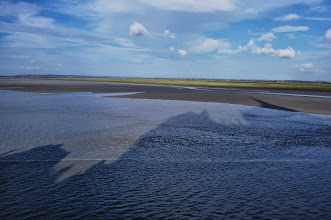 Photo: BRETANYA 2013. MONT SAINT-MICHEL (Normandia ). L'aigua arriba a la badia..