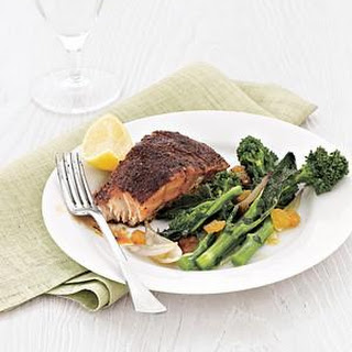 Blackened Salmon With Broccoli Rabe