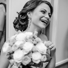 Wedding photographer Maksim Kolomychenko (maxcol). Photo of 26.02.2015