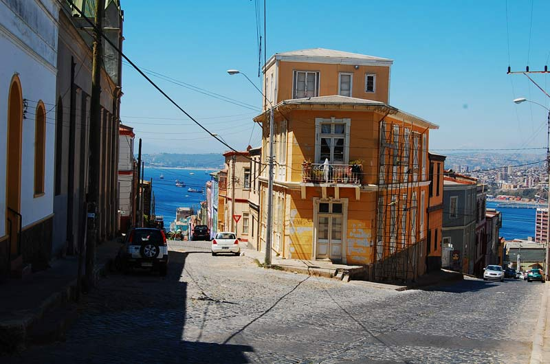vista-desde-valparaiso-chile.jpeg