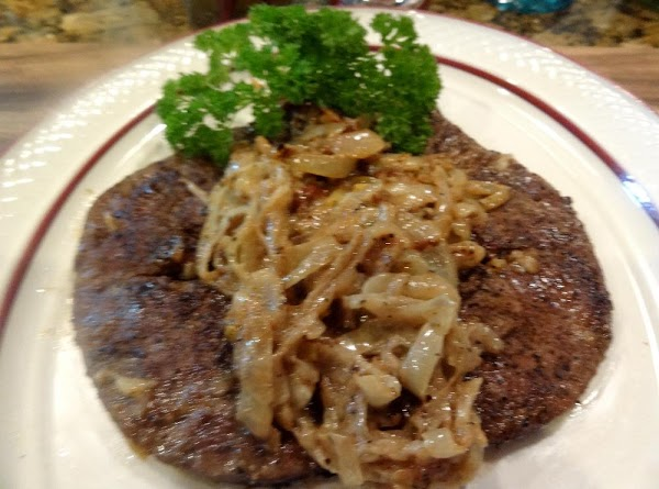 Serve with the caramelized onions on top of the liver.  Enjoy!
