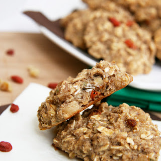 Superfood Breakfast Oatmeal Cookies