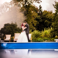 Wedding photographer Claudiu Mercurean (MercureanClaudiu). Photo of 26.12.2018