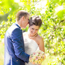 Wedding photographer Elena Korlunova (amaflos). Photo of 18.10.2014