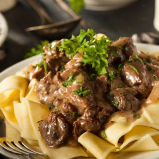 Beef Stroganoff In The Crockpot
