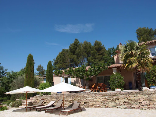 guest-house-in-provence-in-the-town-of-entrechaux-near-vaison-la-romaine