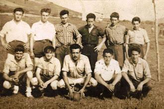 Photo: Mero,Jose Antonio Alonso, Ovito, Rubio, Paco, Quique (hermano Pepu), Quique el de Tota, Dino (Abanillas), Fidel, Tumba y Foro.