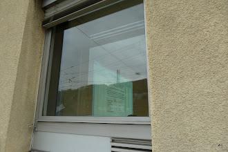 Photo: Blick durchs Parterrefenster