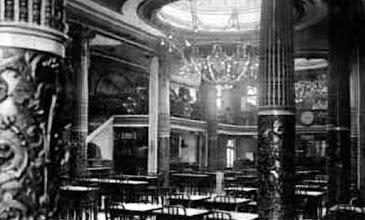 Photo: Salon Doré, Granja Royal (1923)