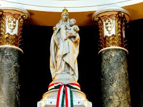 Photo: XIII. Leó pápa 1896-ban, a magyar millennium alkalmával, az akkori esztergomi prímás-érsek, Vaszary Kolos bíboros kérésére, mint külön ünnepet engedélyezte Magyarország részére Nagyasszonyunk ünnepét.