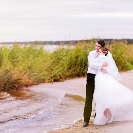 Wedding photographer Svetlana Bogaykova (Rysva). Photo of 04.09.2017