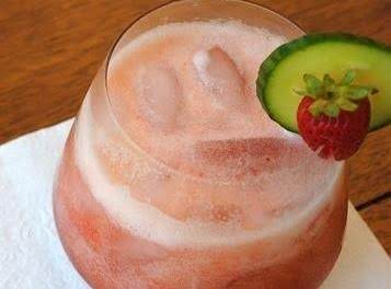 Cucumber Strawberry Limeade