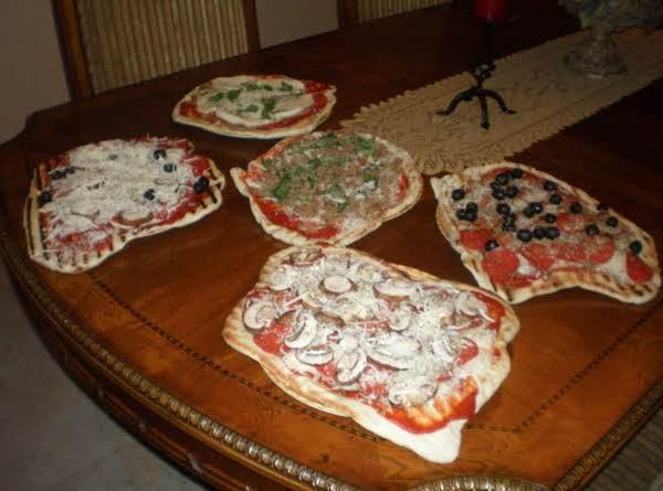 Grilled Pizza Mama Mia Recipe
