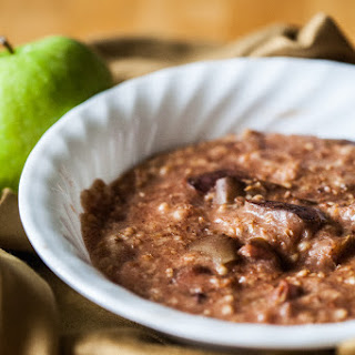 Slow Cooker Apple Cinnamon Oats