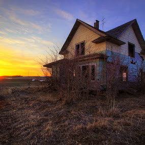 Abandoned By the Boondocks by Evan Ludes - Buildings & Architecture Other Exteriors ( farm, field, old, farmstead, sunset, praire, house, prairie, nebraska, homestead, abandoned )