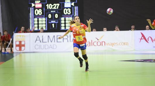 Carmen Martín es algo más que la capitana del combinado nacional.
