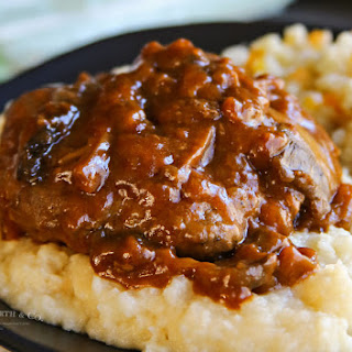 Easy Salisbury Steak Dinner Recipe